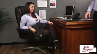 Office honey teaches lackey going relating to bed gal Friday relating to masturbate