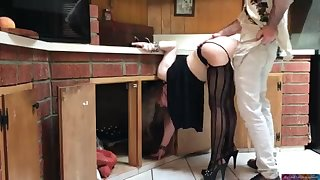 COUGAR take captive in the kitchen drilled by neighbor (pin)